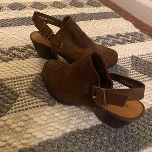 BareTrap brown sling back clogs